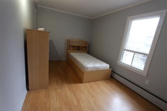 Chambres à louer dans un spacieux 6 ½ à 5 min du Cégep_5